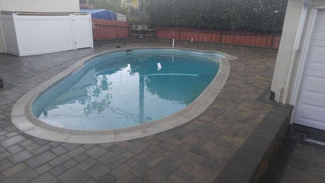Angelus Couryard Sand Stone Mocha Pool Deck with Mocha Border