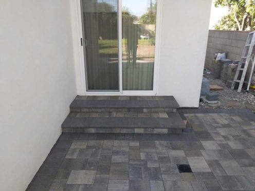 Steps: Gray Charcoal Pavers with Charcoal Bullnose Steps