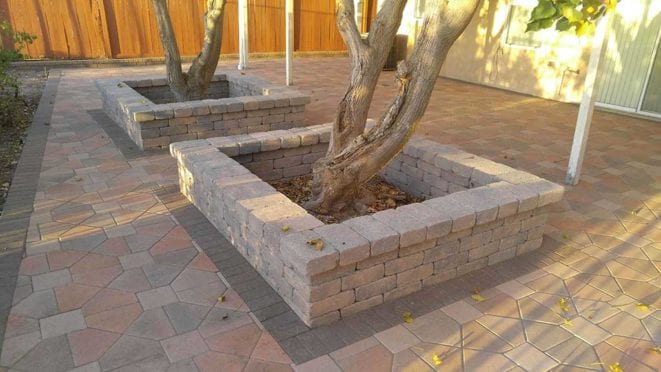 Squared Raised Planter Walls in Cream Brow Charcoal